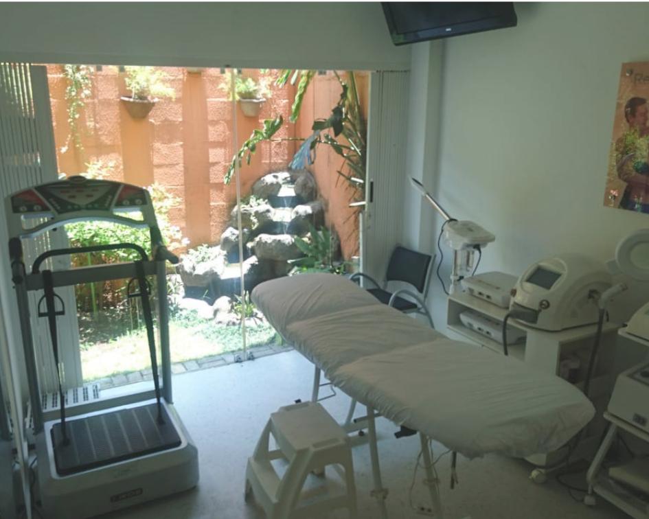 Varanda e fonte para deixar o tratamento ainda mais relaxante na D'pil Tatuapé